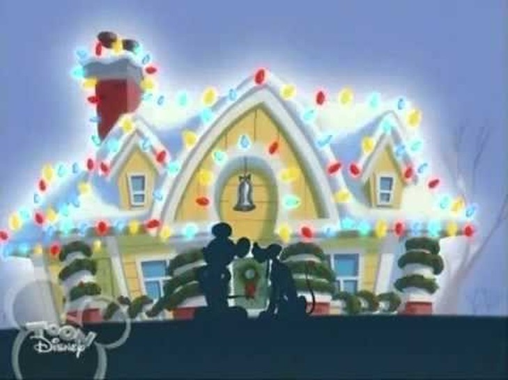 24 Days of Waltzmas, Day 16: Mickey's Christmas Chaos // A Waltz Through Disney